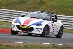 Max5-Racing-Q-20-Jon-Halliwell