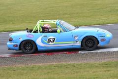 Max5-Racing-R1-5-Jonathan-Fieldsend